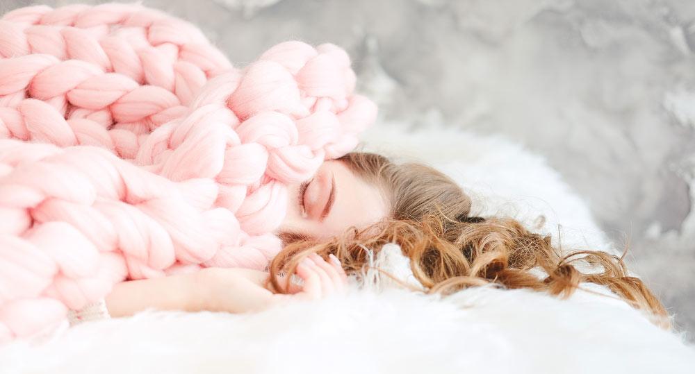 寒くて眠れない夜に!冬でもぐっすり快眠のコツ