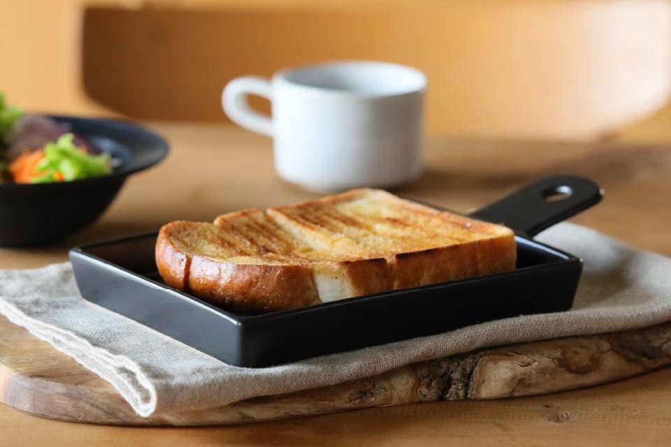 半生パン焼き陶板