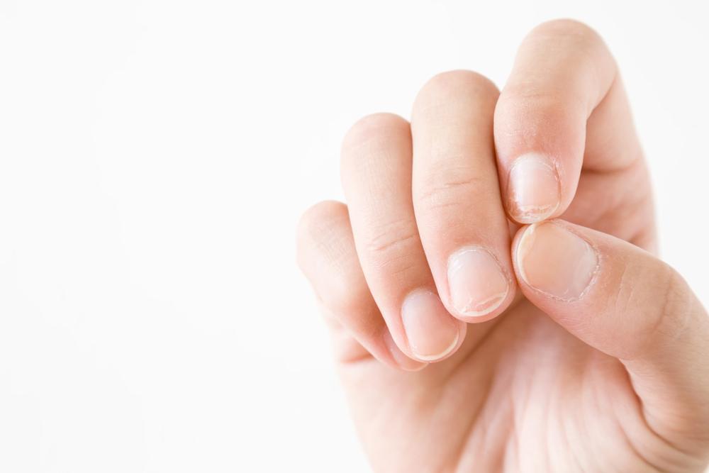 爪が乾燥するとどうなる?